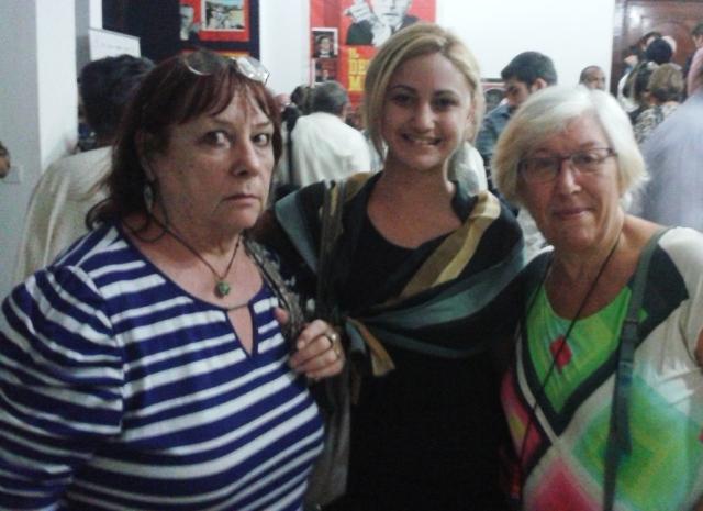 De izquierda a derecha: Gioia Minuti, periodista de Granma Internacional, Adriana Pino, especialista de Italia del ICAP y María Giovanna Tambureillo miembro de la Asociación de Amistad Italia Cuba