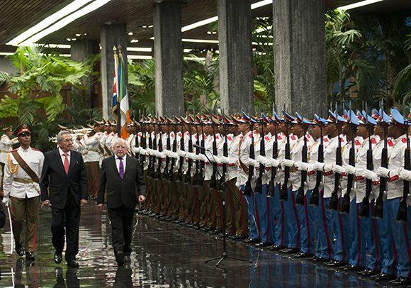 Recibió Raúl Castro al presidente de Irlanda Michael Higgins. | Foto: Ladyrene Pérez | Cubadebate.
